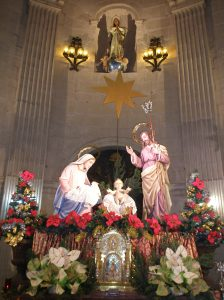 Nacimiento en el altar mayor de la Basílica