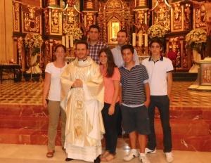 Jóvenes de Yecla con D. Pablo